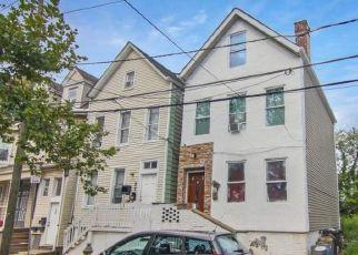 Pre Foreclosure in Newark 07103 HUDSON ST - Property ID: 1774377349