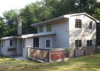 Pre Foreclosure in Newton 07860 E SHORE LAKE OWASSA RD - Property ID: 1774384356