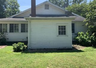 Pre Foreclosure in Charleston 63834 E COMMERCIAL ST - Property ID: 1774451815