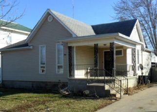 Pre Foreclosure in Brookfield 64628 E ROBARD ST - Property ID: 1774452691