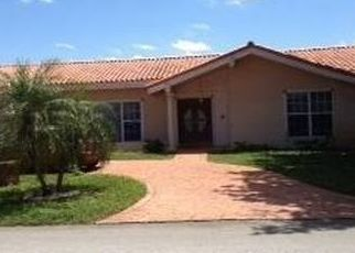 Pre Foreclosure in Hialeah 33015 W OAKMONT DR - Property ID: 1774490346