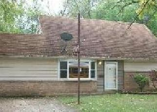 Pre Foreclosure in Park Forest 60466 WINNEMAC ST - Property ID: 1774606410