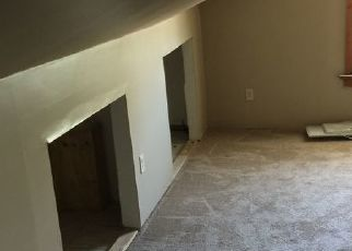 Pre Foreclosure in Evansville 47714 HENNING AVE - Property ID: 1775219577