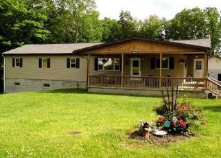 Pre Foreclosure in Beckley 25801 PERSINGER ST - Property ID: 1776159917