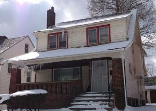 Pre Foreclosure in Cleveland 44118 RAYMONT BLVD - Property ID: 1776429255