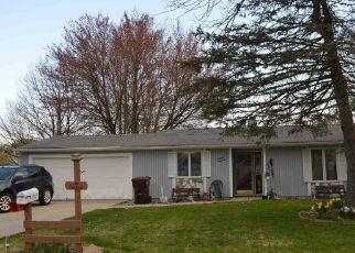 Pre Foreclosure in Garrett 46738 E HOMESTEAD DR - Property ID: 1777309145
