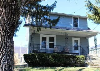 Pre Foreclosure in Enola 17025 VALLEY ST - Property ID: 1777523762