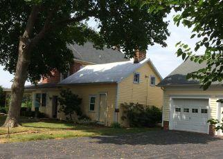 Pre Foreclosure in Littlestown 17340 BASEHOAR SCHOOL RD - Property ID: 1777548725