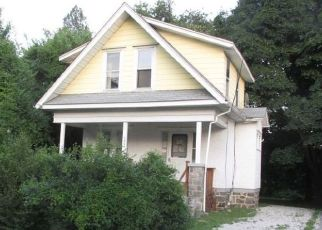 Pre Foreclosure in Folcroft 19032 ELMWOOD AVE - Property ID: 1777581123