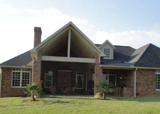 Pre Foreclosure in Salisbury 28146 LAKE POINTE LN - Property ID: 1777626235