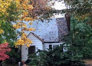 Pre Foreclosure in Boonton 07005 WOODCREST RD - Property ID: 1778125534