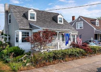 Pre Foreclosure in Wildwood 08260 SEAVIEW AVE - Property ID: 1778143940
