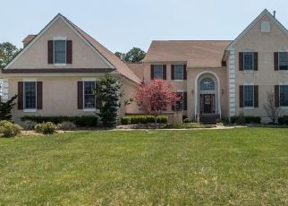 Pre Foreclosure in Monroe Township 08831 ST JAMES ST - Property ID: 1778264819