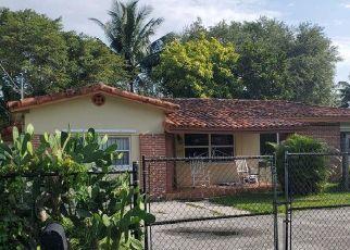 Pre Foreclosure in Miami 33161 NE 150TH ST - Property ID: 1778407593
