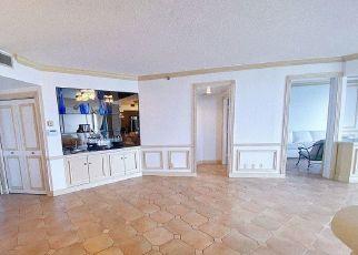 Pre Foreclosure in North Miami Beach 33160 ISLAND BLVD - Property ID: 1778434301