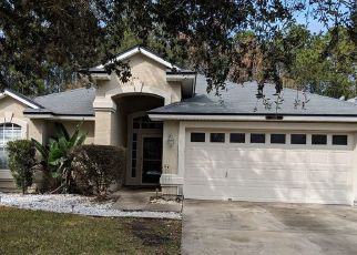 Pre Foreclosure in Jacksonville 32244 FALLSMILL DR - Property ID: 1778632713