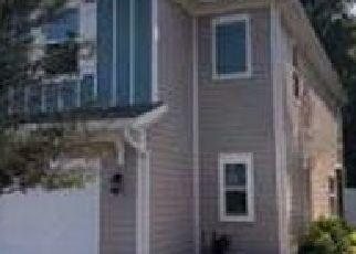 Pre Foreclosure in Atlantic Beach 32233 SANDY DUNE DR - Property ID: 1778692714