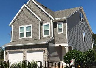 Pre Foreclosure in Jacksonville 32225 CAROLINE HILLS DR - Property ID: 1778694910