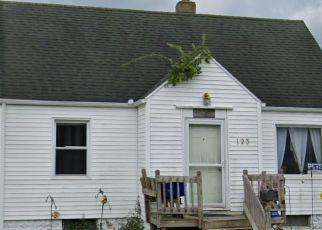 Pre Foreclosure in Mishawaka 46544 E 16TH ST - Property ID: 1778745264