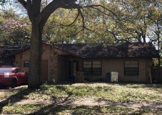 Pre Foreclosure in Tampa 33617 TAKOMAH TRL - Property ID: 1778927913