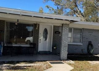 Pre Foreclosure in Tampa 33614 N TAMPANIA AVE - Property ID: 1778928782