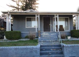 Pre Foreclosure in Oakland 94605 EDGEMOOR PL - Property ID: 1779371570