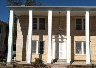 Pre Foreclosure in San Antonio 78201 DONALDSON AVE - Property ID: 1779876556