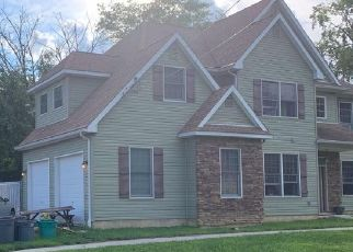 Pre Foreclosure in Langhorne 19047 CLAY AVE - Property ID: 1780152927