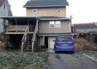 Pre Foreclosure in Williamstown 17098 E MARKET ST - Property ID: 1780167367