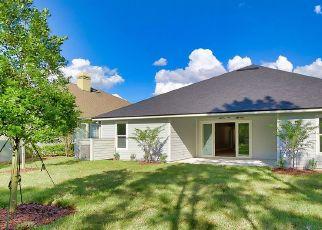 Pre Foreclosure in Orange Park 32065 CLUB LAKE DR - Property ID: 1780200208