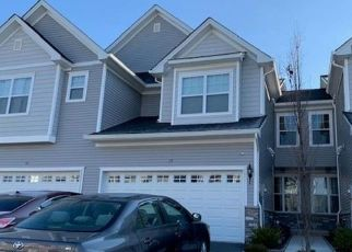 Pre Foreclosure in Middletown 10940 LINDENTREE LN - Property ID: 1780211605