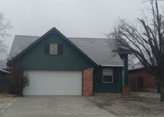 Pre Foreclosure in Oklahoma City 73130 ORCHARD BLVD - Property ID: 1780228691