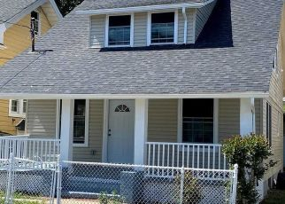 Pre Foreclosure in Hempstead 11550 UNION PL - Property ID: 1780440218