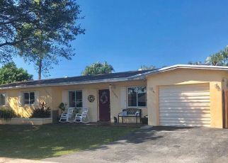 Pre Foreclosure in Hialeah 33015 NW 85TH CT - Property ID: 1780785346