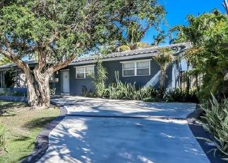 Pre Foreclosure in Hollywood 33020 N 14TH AVE - Property ID: 1781125662