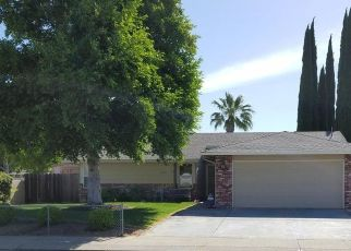 Pre Foreclosure in Manteca 95336 JUNEWOOD PL - Property ID: 1781364346
