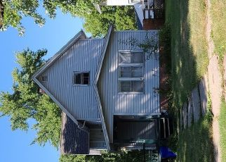 Pre Foreclosure in Rockford 61104 16TH AVE - Property ID: 1781508893