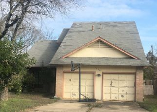 Pre Foreclosure in Pflugerville 78660 BATAVIA DR - Property ID: 1781888158