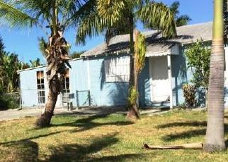 Pre Foreclosure in Lake Worth 33461 COCONUT RD - Property ID: 1782816677