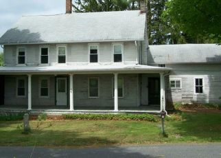 Pre Foreclosure in Morris 06763 BENEDICT RD - Property ID: 1783030401
