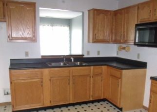 Pre Foreclosure in Fort Wayne 46808 ANGLERS LN - Property ID: 1783239313
