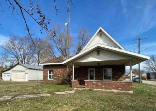 Pre Foreclosure in Newberry 47449 SECTION ST - Property ID: 1783718461