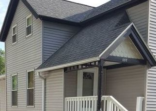 Pre Foreclosure in Clinton 52732 3RD AVE S - Property ID: 1784090294