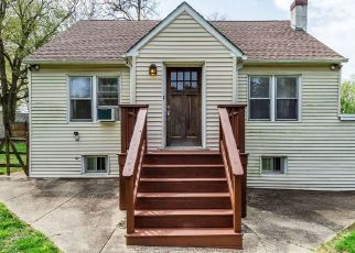 Pre Foreclosure in Bensalem 19020 BUTTONWOOD AVE - Property ID: 1784449889