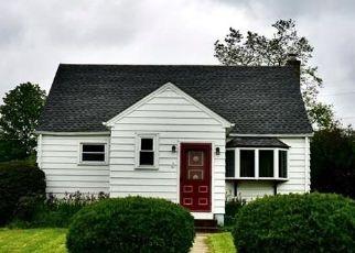 Pre Foreclosure in Allentown 18103 E PAOLI ST - Property ID: 1784478340
