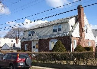 Pre Foreclosure in Elmont 11003 TERRACE AVE - Property ID: 1784726686