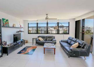Pre Foreclosure in Miami Beach 33154 W BAY HARBOR DR - Property ID: 1785087572