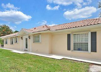Pre Foreclosure in Hobe Sound 33455 SE RETREAT DR - Property ID: 1785127871
