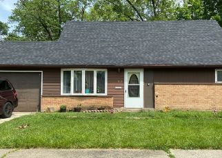 Pre Foreclosure in Park Forest 60466 WALNUT ST - Property ID: 1785329778