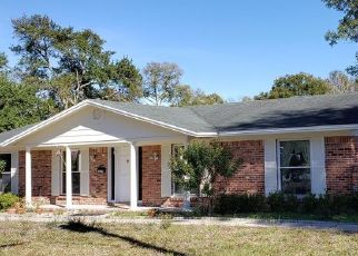 Pre Foreclosure in Jacksonville 32277 HEATH RD - Property ID: 1785469478